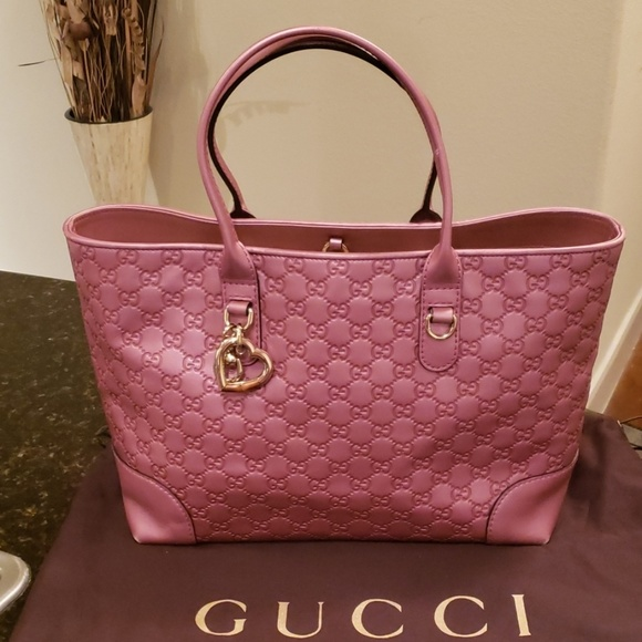 263e4364976f Gucci Bags | Heart Bit Ssima Pink Leather Tote | Poshmark